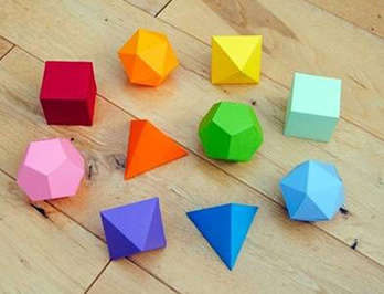 Polyhedra for the New Year fairy tale
