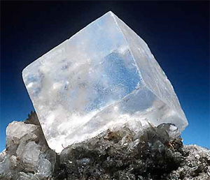 salt crystals cube