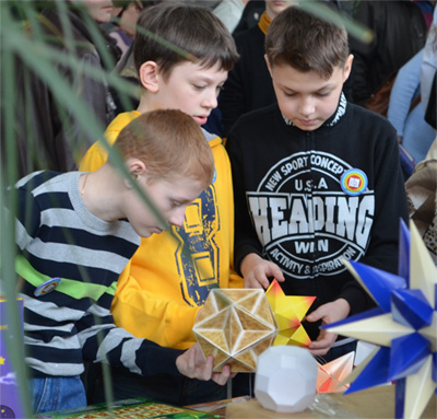 Polyhedra at a science festival